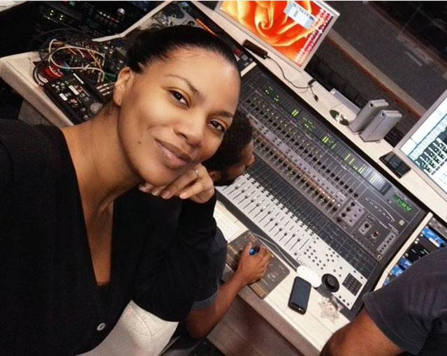 Yola Araújo é cantora cabo verdiana?
